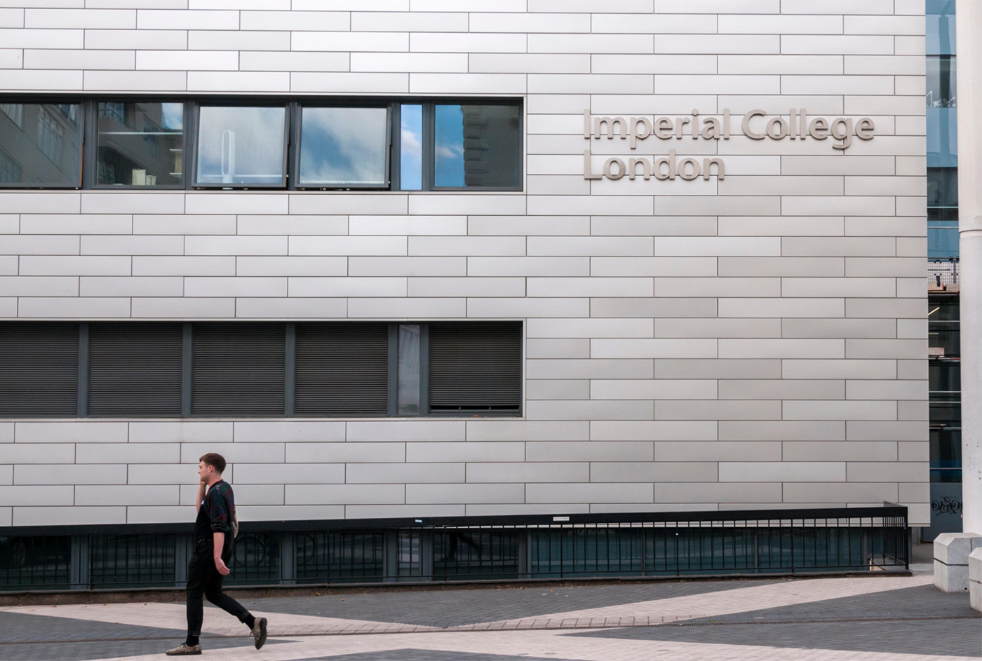 Imperial College London – 41 min tube (Old St/Northern, Victoria, Piccadilly)